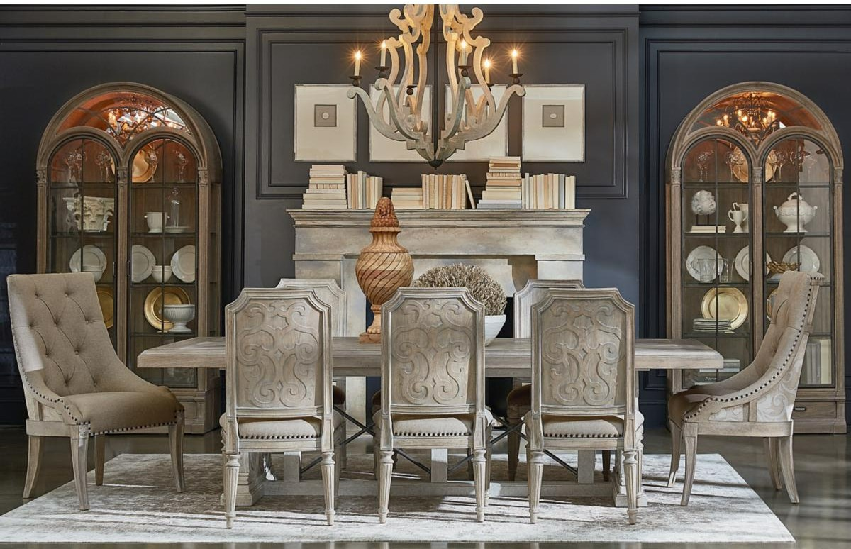 New House Checklist: Dining Room Essentials for Your New Home