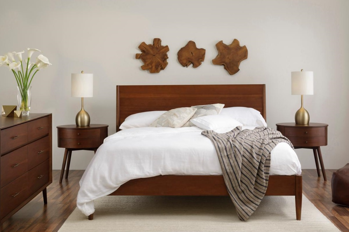 New House Checklist: Guest Room Essentials for Your Home