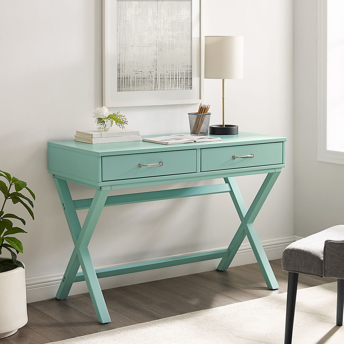 The 5 Best Desks for College Students at Star Furniture